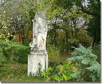 Bauer Mihály alkotása egykoron az Oroszlános kutat díszítette