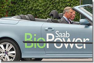 Károly az új bio-Saab tesztelésére készülődik