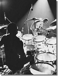 Billy Cobham és John McLaughlin a Mahavishnu basszusgitáros Rick Laird fotóján